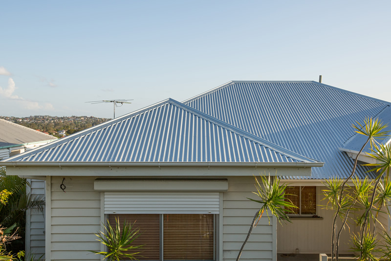 Roofing Brisbane Asbestos Roof Removal Metal Re Roofing